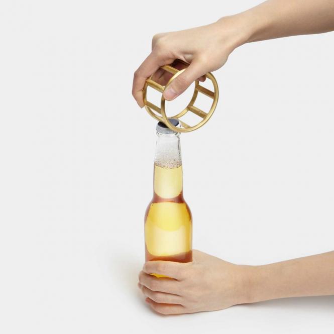 Flaschenöffner Roll, goldfarben