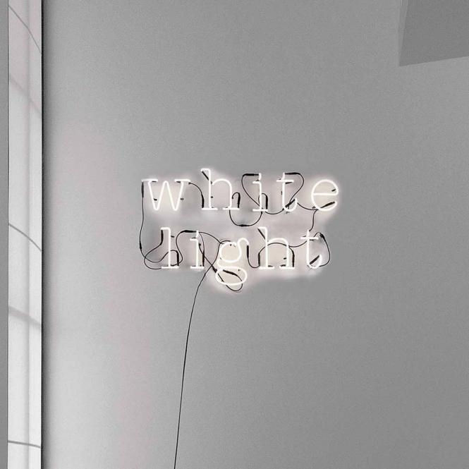Neon Art Leuchtbuchstabe, Variante Buchstabe F