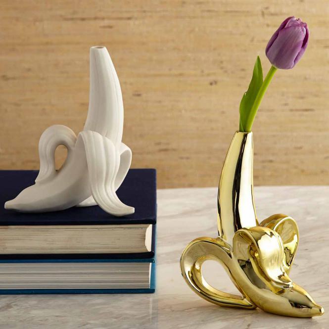 Banana Bud Vase, goldfarben von Jonathan Adler